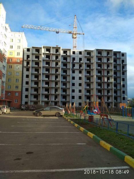 Продается двухкомнатная квартира за 1 200 000 рублей. Копейск, Победы проспект, 14.