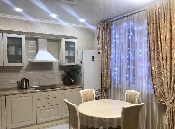 Продается трехкомнатная квартира за 6 650 000 рублей. Казань, Советский район, Седова, 20а.