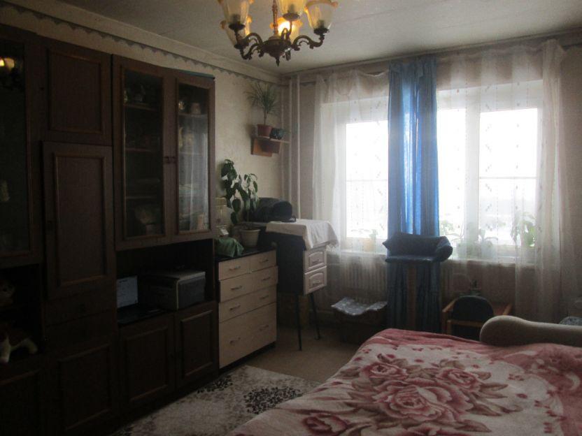 Продается трехкомнатная квартира за 2 660 000 рублей. Курск, Майский бульвар, 4.
