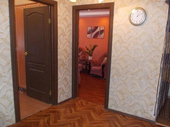 Продается трехкомнатная квартира за 2 850 000 рублей. Кострома, Магистральная, 57.