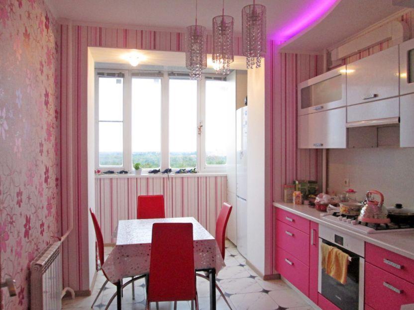 Продается двухкомнатная квартира за 3 100 000 рублей. Курск, Орловская, 1а.