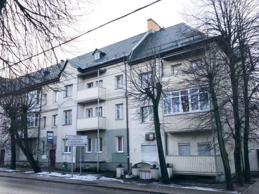 Продается четырехкомнатная квартира за 2 300 000 рублей. Калининградская область, Калининград, Московский район, Батальная, 34.
