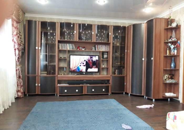 Продается трехкомнатная квартира за 4 000 000 рублей. Тюменская обл, г Тюмень, ул Прокопия Артамонова, д 4.