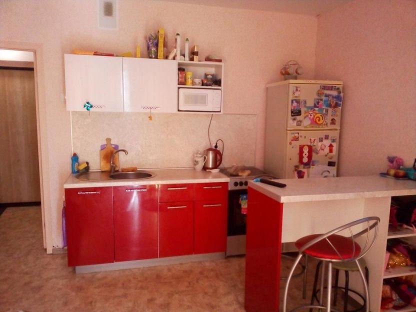Продается однокомнатная квартира за 1 300 000 рублей. г Челябинск, ул Гранитная, д 25.