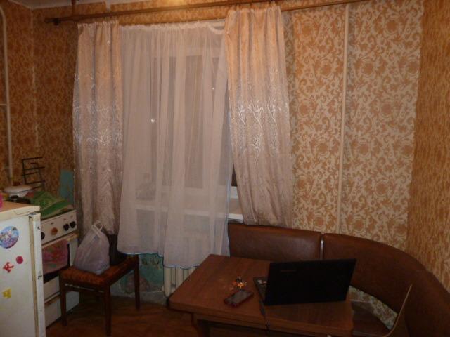 Продается однокомнатная квартира за 800 000 рублей. Омск, Центральный район, 22 Партсъезда, 6а.