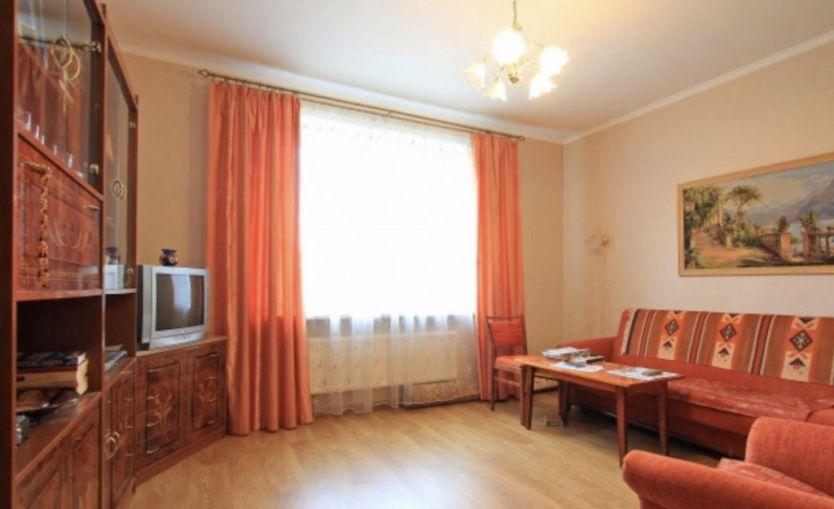 Продается однокомнатная квартира за 3 100 000 рублей. Калининград, Центральный район, Ростовская, 15.