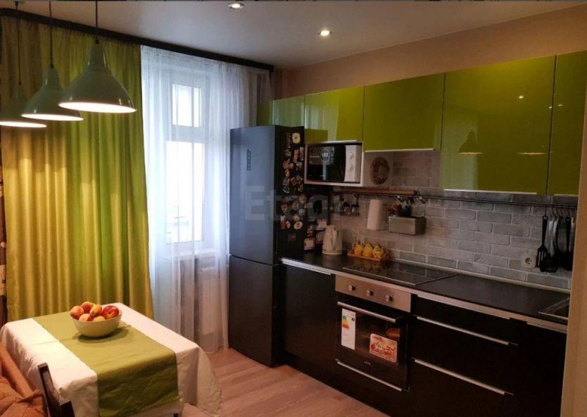 Продается однокомнатная квартира за 2 000 000 рублей. Кемерово, Рудничный район, Шахтеров проспект, 88.