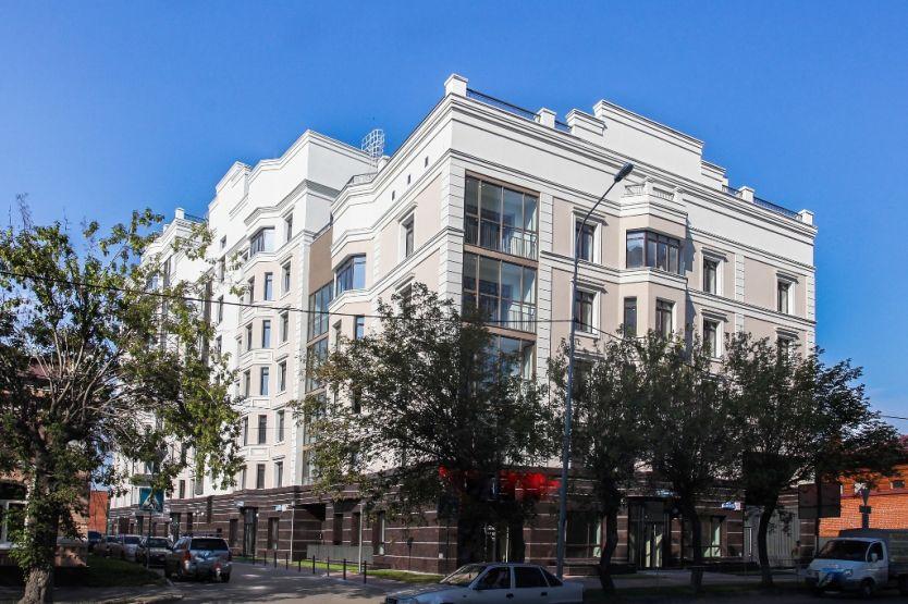 Продается трехкомнатная квартира за 19 400 000 рублей. Тюмень, Центральный район, Осипенко, 2.