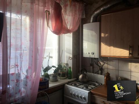 Продается двухкомнатная квартира за 2 100 000 рублей. Воскресенск, Комсомольская, 7.