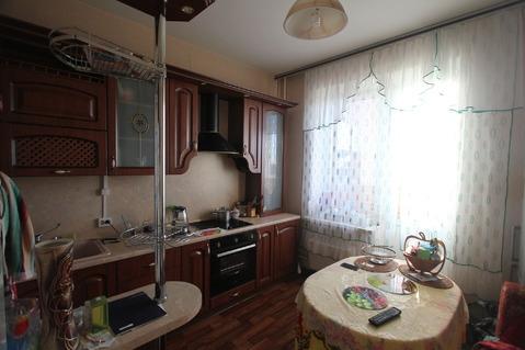 Продается трехкомнатная квартира за 10 000 000 рублей. Московская обл, г Балашиха, мкр 1 Мая, д 24.