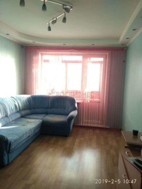 Продается двухкомнатная квартира за 2 400 000 рублей. Новосибирск, Кировский район, Петухова, 144.