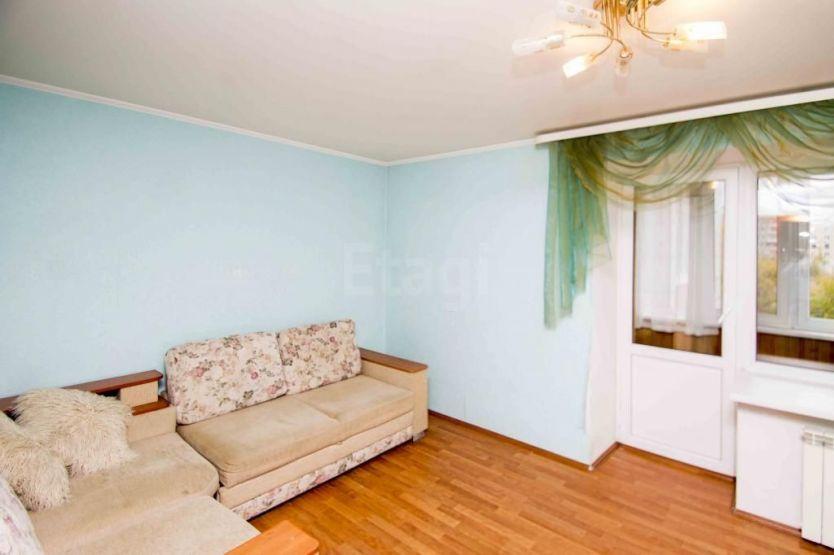 Продается трехкомнатная квартира за 4 100 000 рублей. Тюменская обл, г Тюмень, ул Профсоюзная, д 32.