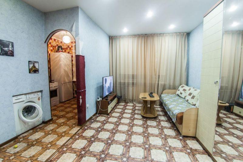 Продается двухкомнатная квартира за 1 350 000 рублей. г Красноярск, ул Щербакова, д 48.