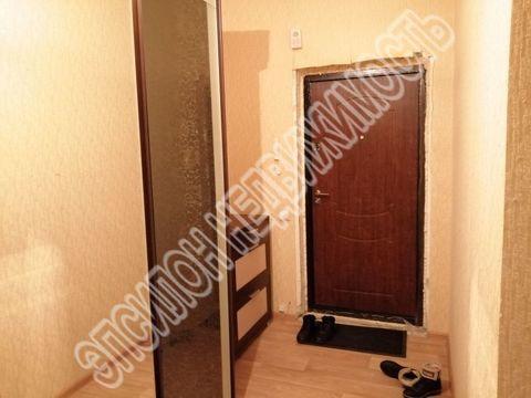 Продается однокомнатная квартира за 2 250 000 рублей. Курск, Победы проспект, 44.