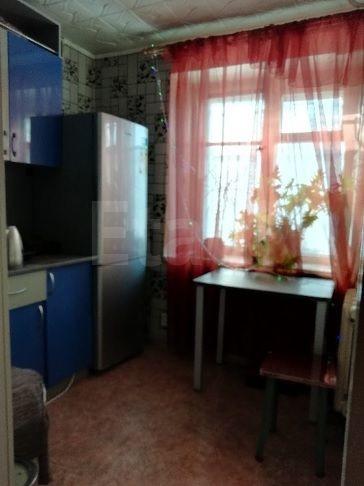 Продается однокомнатная квартира за 1 100 000 рублей. Кемерово, Заводский район, Патриотов, 34а.