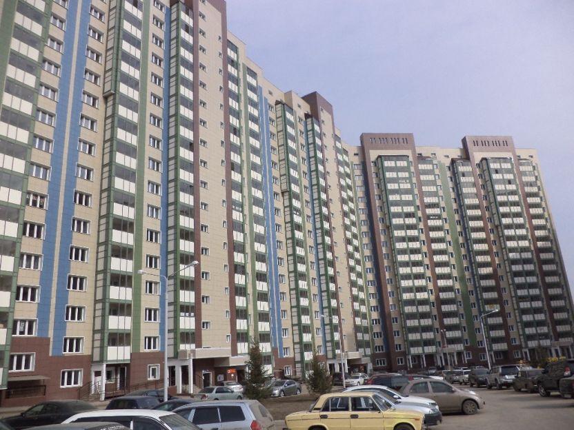 Продается однокомнатная квартира за 2 250 000 рублей. Красноярск, Центральный район, Караульная, 38.