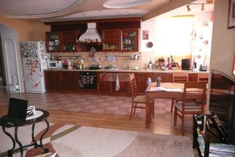 Продается пятикомнатная квартира за 11 500 000 рублей. Тула, Демонстрации, 2.