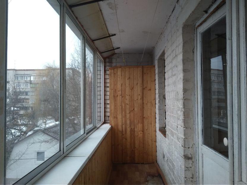 Продается трехкомнатная квартира за 2 600 000 рублей. Курск, Овечкина, 5.