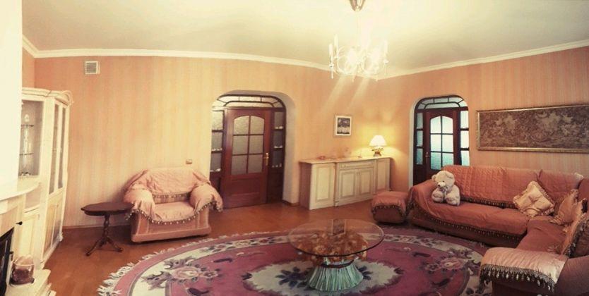 Продается четырехкомнатная квартира за 14 000 000 рублей. Калининград, Центральный район, Чернышевского, 15.