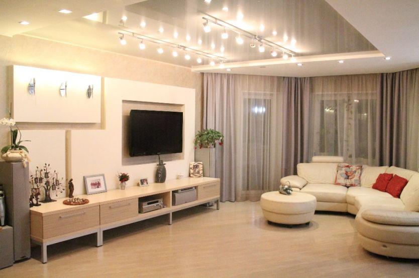 Продается четырехкомнатная квартира за 9 000 000 рублей. Челябинск, Калининский район, Университетская Набережная, 28.