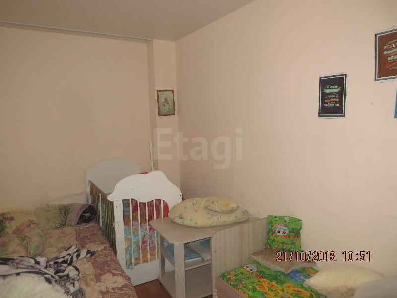 Продается однокомнатная квартира за 1 450 000 рублей. Кемерово, Кировский район, Халтурина, 25.