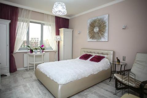 Продается двухкомнатная квартира за 8 300 000 рублей. Калининград, Л.Толстого, 16в.