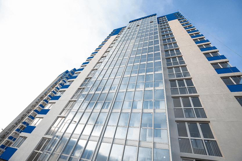 Продается двухкомнатная квартира за 5 368 710 рублей. Краснодар, Центральный, Шоссе Нефтяников, 18.