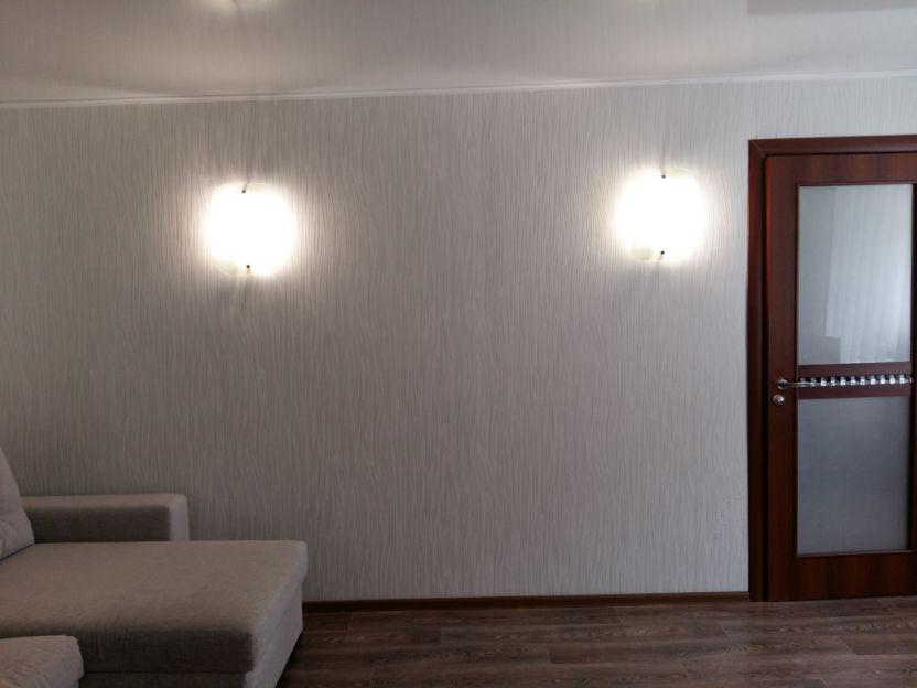 Продается двухкомнатная квартира за 2 830 000 рублей. г Новосибирск, ул Пермитина, д 4.