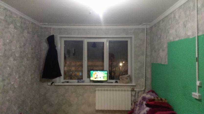Продается однокомнатная квартира за 1 050 000 рублей. Красноярск, Свердловский район, Александра Матросова, 26.