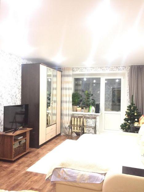 Продается однокомнатная квартира за 2 130 000 рублей. Пермь, Свердловский район, Яблочкова, 21.