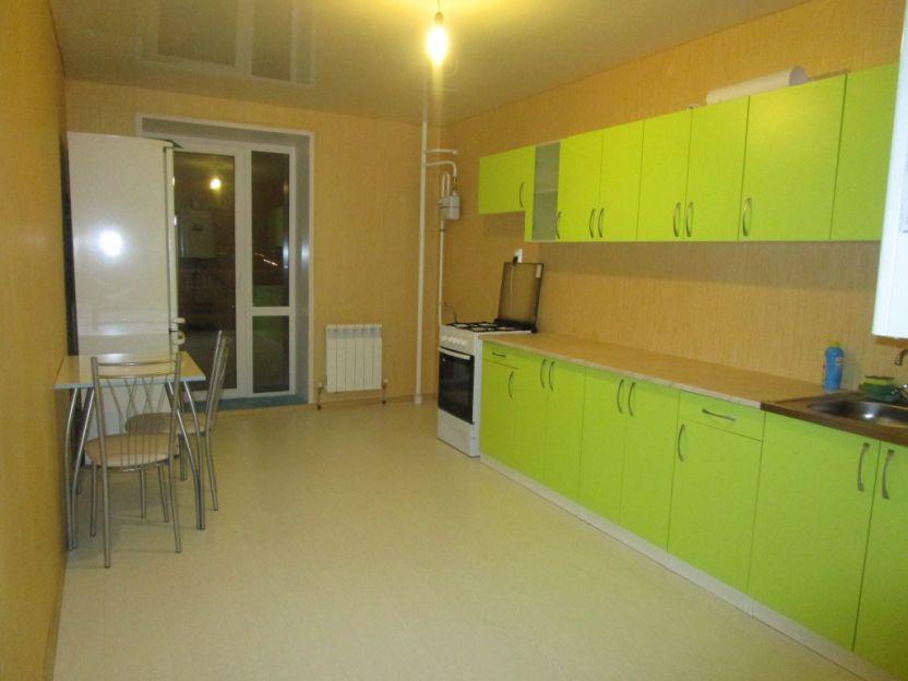Продается трехкомнатная квартира за 3 600 000 рублей. г Смоленск, Киевское шоссе, д 60.