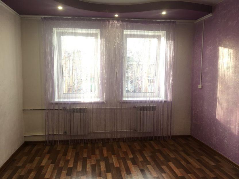 Продается однокомнатная квартира за 1 150 000 рублей. Красноярск, Ленинский район, Глинки, 10а.