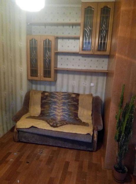 Продается двухкомнатная квартира за 2 000 000 рублей. Калининград, Московский район, П.Морозова, 82.