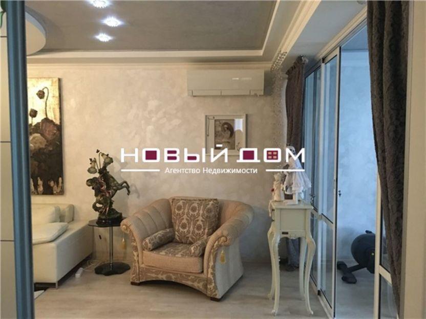 Продается трехкомнатная квартира за 19 100 000 рублей. Респ Крым, г Симферополь, ул Набережная имени 60-летия СССР, д 28.
