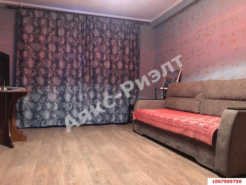 Продается двухкомнатная квартира за 3 900 000 рублей. Краснодар, Западный, Рождественская Набережная, 35/1.