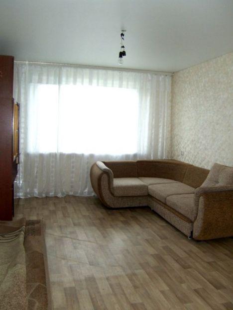 Продается трехкомнатная квартира за 2 430 000 рублей. Воронеж, Коминтерновский район, Хользунова, 96.