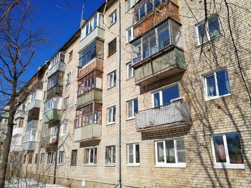 Продается однокомнатная квартира за 1 350 000 рублей. Кострома, Борьбы, 32.
