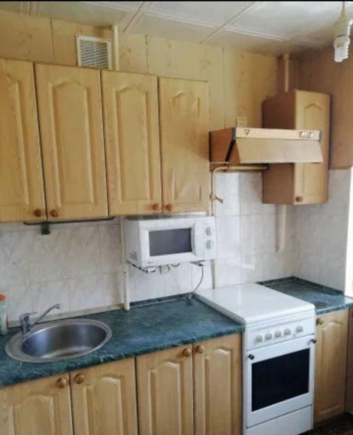 Продается трехкомнатная квартира за 3 100 000 рублей. Нижний Новгород, Советский район, Козицкого, 5/2.