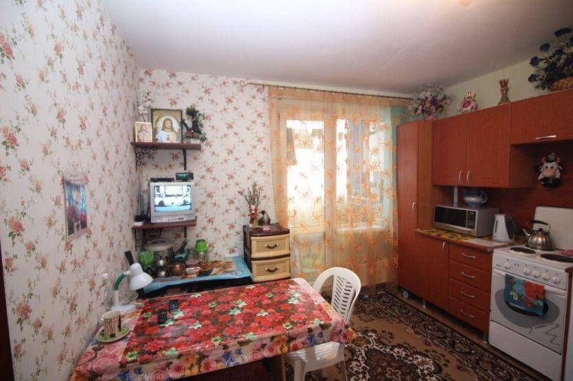 Продается однокомнатная квартира за 2 350 000 рублей. Краснодар, Прикубанский, им 40-летия Победы, 33/2.