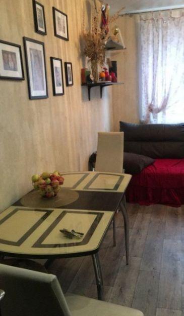 Продается трехкомнатная квартира за 3 850 000 рублей. Воронеж, Железнодорожный район, Федора Тютчева, 93/5.
