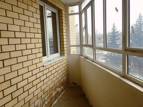 Продается двухкомнатная квартира за 6 000 000 рублей. Одинцово, Садовая, 24.